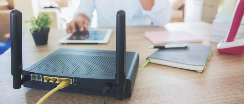 Retro di un Router WiFi per la Fibra Ottica